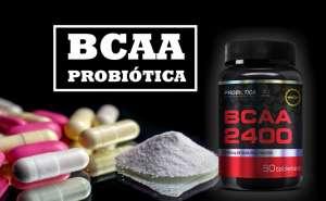 Mome e marca do produto dentro de uma box, comprimido e pó do produto associado a embalagem do fornecedor Probiótica